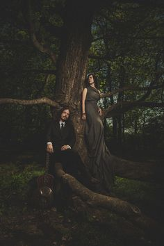 The Civil Wars by Jeremy Cowart beauty dish on her softbox w/grid on him sun behind the tree Fashion Photography Inspiration, Portrait Inspiration, Photoshoot Inspiration, Photoshoot Ideas, Band Photography, Creative Photography, Street Photography, Inspiring Photography, John Paul White