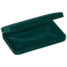 """Noble Gift Packaging's """"New York"""" collection brings you classic jewellery boxes that have been an industry standard for over 100 years. These rich green velour boxes have curved corners, matching velour inserts, and plush white satin wrapped lids."""