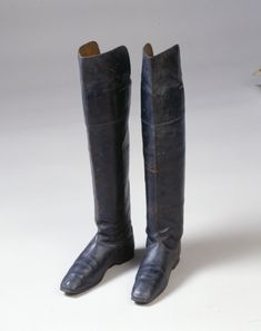 Men's boots, leather lined with leather, leather soles, c. 1810.
