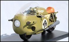 883R_blog:ブルマ+バイク(デスクトップリアルマッコイ ドラゴンボールZ)