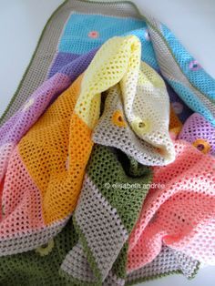 lacy dots blanket by elisabeth andrée