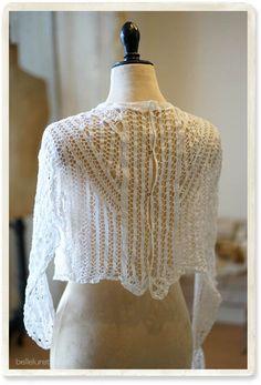 フランス、イギリスなど西洋アンティーク、ヴィンテージを取り扱うアンティークショップです。ヴィクトリアン、レース、リネン、ドレス、ワンピース、ブラウスなどを販売いたします。 Needle Lace, Embellished Top, Embroidery Techniques, Renaissance, Feminine, Sewing, Women, Fashion, Shirt Blouses