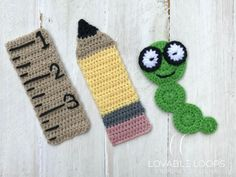 Free Bookmark Crochet Patterns - she Crochet For Beginners, Crochet For Kids, Easy Crochet, Free Crochet, Bookmarks Kids, Crochet Bookmarks, Crochet Books, Crochet Teacher Gifts, Crochet Baby Blanket Beginner