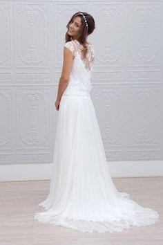 Elegant Bowknot Wedding Dresses,Chiffon V-Neck Wedding Gowns,Lace Sleeveless White Wedding Wedding Robe, Wedding Dress Chiffon, White Wedding Dresses, Wedding Gowns, Formal Dresses, Dresses Dresses, Rembo Styling, Marie Laporte, Dress Robes