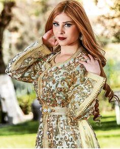 ملكة حب الملوك @khaoula_hsein #caftanny #kaftan #luxury #mydubai #lallasalma #marrakech #glamorous #makeup #hairstyle #moroccanoil #moroccanbeauty #moroccandress #moroccancaftan #moroccangirl #ziana #negafa