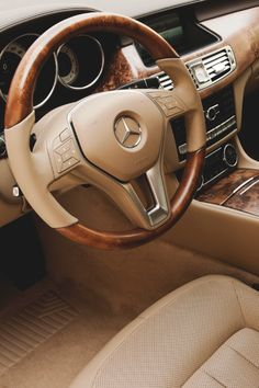 Random Inspiration 148 | Architecture, Cars, Style & Gear - UltraLinx