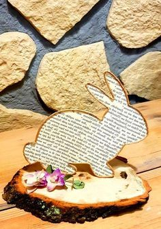Osterdeko A nice bunny for the spring and Easter table Easter Art, Easter Crafts, Easter Eggs, Wire Crafts, Diy And Crafts, Crafts For Kids, Easter Games, Easter Printables, Easter Table