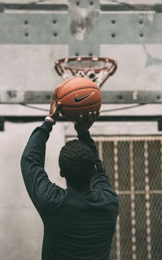 How To Become Great At Playing Basketball. For years, fans of all ages have loved the game of basketball. There are many people that don't know how to play. Sport Basketball, Basketball Tumblr, Basketball Schedule, Street Basketball, Basketball Photos, Basketball Skills, Basketball Shooting, Sport Football, College Basketball