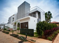 Aakruthi Solitaire  Villa  Area Range 3926-5185 Sq.ft  Price Call for Price  Location Yelahanka,Bangalore  Bed Rooms 3BHK,4BHK  More, http://bangalore5.com/project_details.php?id=1405
