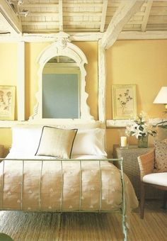 Heavenly cottage bedroom in pale yellow #decor #shabby