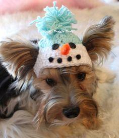 SNOWMAN, Crocheted Dog Hat - Sz XS. $10.00, via Etsy.
