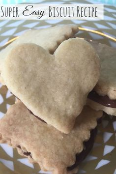 This super easy biscuit recipe uses just three storecupboard ingredients and is great to get kids in the kitchen! Plain Biscuit Recipe, Biscuit Recipe For Kids, Butter Biscuits Recipe, Nutella Biscuits, Cookie Recipes For Kids, Baking Recipes, Dessert Recipes, Easy Biscuit Recipes, Easy Recipes