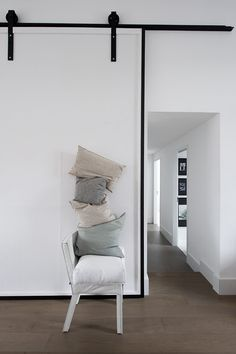 Porte coulissante, esprit loft #sliding #door  Repinned by www.smokeweedeveryday.org