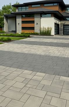 Looking for beautiful, polished and practical pavers? Techo-Bloc's Blu 80 Smooth pavers instantly add character to your landscape or driveway. Modern Driveway, Brick Driveway, Driveway Design, Driveway Entrance, Front Yard Design, Driveway Landscaping, House Entrance, Front Driveway Ideas, Landscaping Ideas