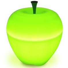 """Qualy– яркие, дизайнерские решения на каждый день! Лампы яблоки непременно займут особое место в Вашем доме. В спальне или гостиной, они создадут уютную атмосферу, рассеивая загадочный """"яблочный"""" свет! Можно создать великолепные световые композиции, используя лампы разных размеров и цветов.  Упаковано в Eco friendly упаковку.             Материал: Пластик.              Бренд: Qualy.              Стили: Поп-арт, Скандинавский и минимализм.              Цвета: Зеленый."""