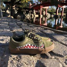 664dd004f0c51b Vans Custom Money Green  Shark Teeth  Gum Old Schools - limetliss Custom  Vans
