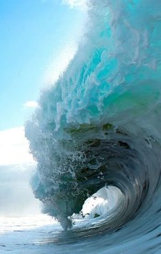 Looking at pictures of waves makes me feel calm like??