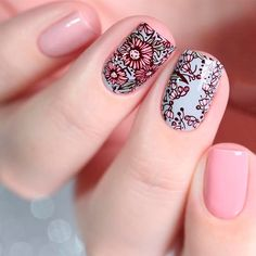Bloom nails plans can be unique and this perfect Floral Nail Art Technique is an awesome verification of it. Imagination is an incredible word that depicts along these lines of applying the flower plan. Is it accurate to say that you are exhausted of e Flower Nail Designs, Pink Nail Designs, Beautiful Nail Designs, Nails Design, Nail Art Techniques, Floral Nail Art, Trendy Nail Art, Manicure E Pedicure, Stamping Nail Art