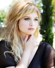 Uneven fringed layers hairstyles 2016 with short bangs                                                                                                                                                                                 More