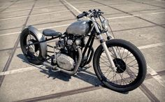 Yamaha XS650 Bobber by Pancake Customs #motorcycles #bobber #motos | caferacerpasion.com