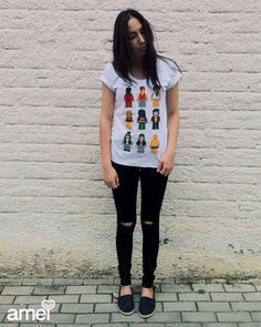 Já pensou em ter Michael Jackson, Amy Winehouse e Bob Marley numa camiseta só? Então tá ai ✌ #lojaamei #tshirt #lego #personagens #chicorei #jeans