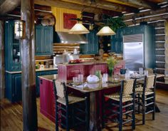 Walloon Lodge - Custom handcrafted log homes by Maple Island Log Homes Log Home Kitchens, Cool Kitchens, Rustic Kitchens, Timber Frame Homes, Timber House, Kitchen Size, Rustic Western Decor, Log Homes, Home Projects