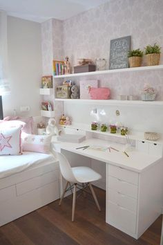 Teen girl bedrooms, check this arrangement for a really easy teen girl room makeover, make-over number 3465926033