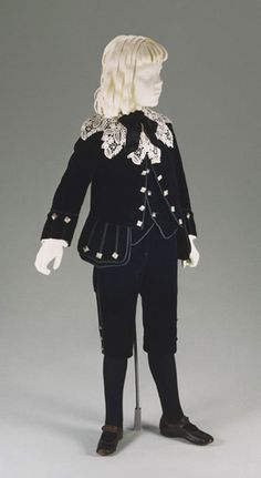 Boy's suit: jacket, waistcoat, and short trousers, 1890.