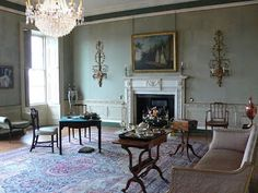 Georgian Houses - this living room is a little spare on furnishings but oh how I love the walls! Georgian Interiors, Georgian Homes, House Interiors, Regency House, Georgian Furniture, Antique Furniture, European Furniture, Georgian Architecture, English Country Style