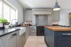Crafted with meticulous attention to detail, 1909 is a beautiful Shaker-style painted kitchen with a timeless quintessentially British feel. Real Kitchen, Kitchen Paint, Open Plan Kitchen, Kitchen Cabinets, Kitchen Ideas, New Homes For Sale, Property For Sale, Minimal, 5 Bedroom House