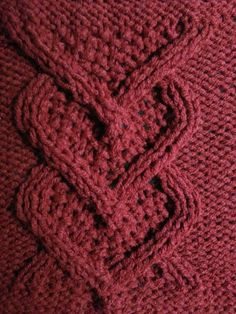 Cable Heart Panel Square 8 Materials: Worsted Weight yarn Size 6 needles Gauge: 17 sts = 23 Rows = for and x square Pattern Cast on 34 Joining Crochet Squares, Knitting Squares, Knitting Stiches, Cable Knitting, Crochet Stitches, Vogue Knitting, Free Knitting, Knitted Afghans, Knitted Blankets