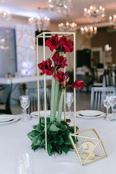 Свадебные приглашения: фото и идеи свадебных приглашений - Невеста.info Wedding Trends, Wedding Designs, Wedding Ideas, Wedding Table, Wedding Inspiration, Wedding Ceremony, Floral Centerpieces, Wedding Centerpieces, Centrepieces