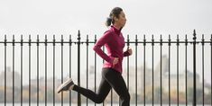 These Half Marathon Training Tips Will Set You Up for Success on Race Day – Famous Last Words Marathon Training For Beginners, Half Marathon Training Plan, Running For Beginners, Running Tips, Start Running, Running Humor, Marathon Running, Marathon Plan, Runners World