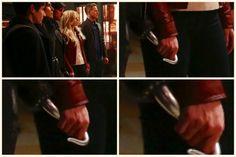 """Emma holding the Hook! 5x20 """"Firebird"""""""