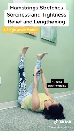 Wall Workout, Gym Workout Tips, Pilates Workout, Easy Workouts, Workout Videos, Butt Workout, Pilates For Beginners, Gym Workout For Beginners, Beginner Yoga