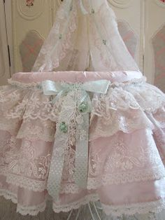 Pink Silk with yummy mint trims. I enjoyed making this Moses basket, working with lace is so much fun and the ladies here like lots of it. Baby Basinets, Baby Nest, Shabby Chic Pink, Shabby Chic Homes, Cradles And Bassinets, Baby Doll Accessories, Moise, Moses Basket, Baby Bedroom