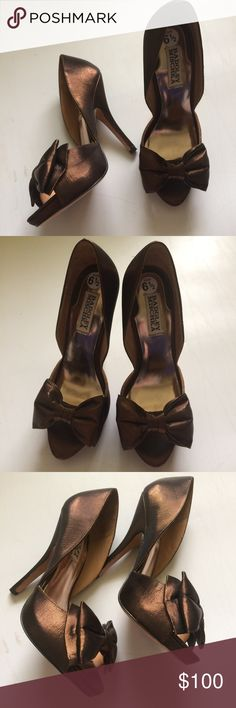 Badgley Mischka Brown high heels size 6.5 bow Size 6.5 Badgley Mischka brown peep toe heels / stilettos with bow detail. Shoes are in excellent used condition with no holes, rips, stains, or other noticeable wear. Badgley Mischka Shoes Heels