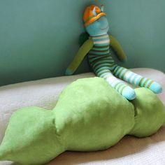 Edamame pillow by Mimi Tin :)