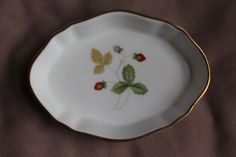 Cute vintage WEDGWOOD 'Wild Strawberry' collectable bone china dish with gold detailing- Free UK delivery. £6.50, via Etsy.