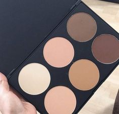 Our powder contour palette is perfection for sculpting and highlighting your gorgeous face!  SHOP: www.morphebrushes.com
