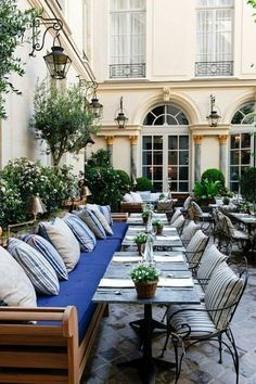 Vintage Industrial Decor Ralph's restaurant, Paris. - Ralph's restaurant, Paris. Outdoor Seating, Outdoor Rooms, Outdoor Dining, Outdoor Decor, Outdoor Furniture, Rooftop Dining, Deck Seating, Outdoor Tablecloth, Outdoor Patios