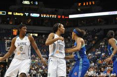 Sunday WNBA Betting - Sun-Mystics, Shock-Mercury, Lynx-Sky, Liberty-Dream, Silver Stars-Storm - Sports Betting Global
