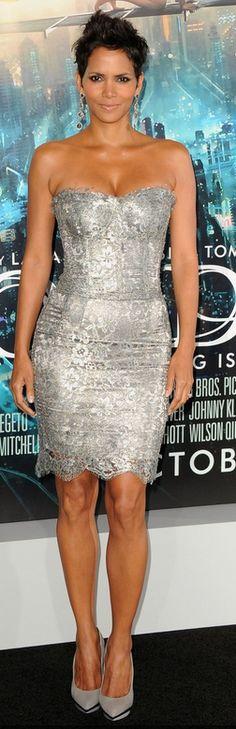 Halle Berry: Dress - Dolce & Gabbana Earrings - Sutra