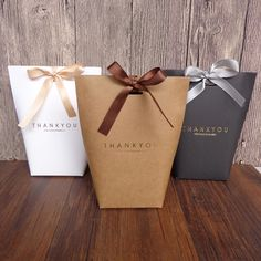 """nice Black White Kraft Paper Bag Bronzing French """"Merci"""" Thank You Gift Box Package Wedding Party Favor Candy Bags with Ribbon Wedding Favors And Gifts, Wedding Candy Boxes, Ribbon Wedding, Party Favor Bags, Birthday Party Favors, Xmas Party, Party Box, Birthday Gift Bags, Lolly Bags"""