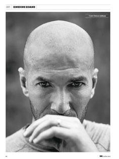 forty years of elegance and amazingness Zidane Football Icon, Football Boys, Zinedine Zidane Real Madrid, Wolf, Soccer News, Juventus Fc, Mans World, Football Players, Gq