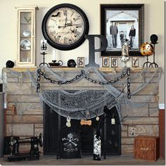 Halloween is more closer, so let's start with preparation. Here we Have today 45 clever and interesting DIY halloween ideas only for you Dreamers. Spooky Halloween, Yeux Halloween, Halloween Fireplace, Feliz Halloween, Steampunk Halloween, Halloween Home Decor, Holidays Halloween, Halloween Crafts, Happy Halloween