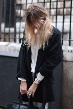 """exhalevogue:  I'm only following 253 blogs, messagemeand say """"100%street style"""""""