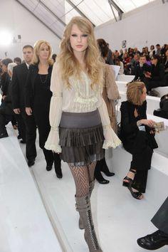 Shop Style Celebrity » Taylor Swift at t... : 【最新】海外女性アーティストのファッション まとめ - NAVER まとめ