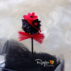 image Knitting Cake, Single Women, Fabric Flowers, Cake Pops, Headbands, Halloween, Handmade, Image, Head Bands