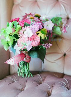 flowers for the late summer weddings bridal bouquet floral arrangements